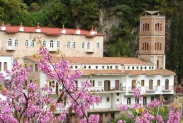 Εκκλησίες και Μοναστήρια