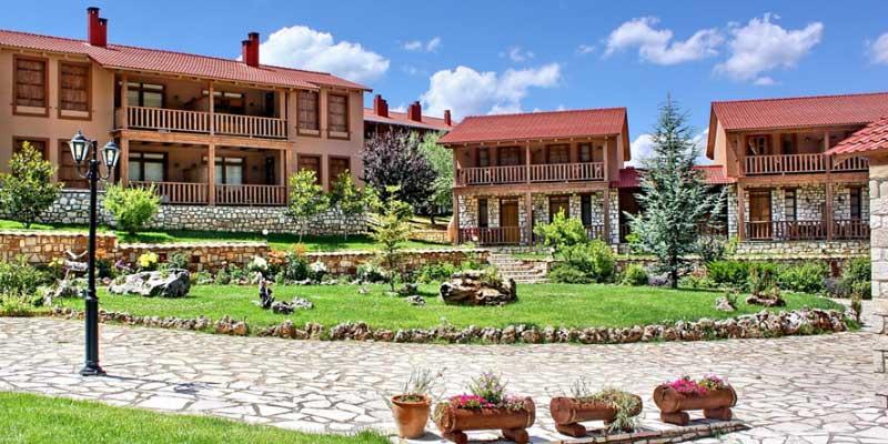 Vitina House Forest Resort